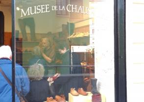 Image de l'activite visite du tout petit Musée de la Chaussure