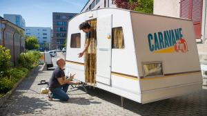 La caravane qui amène du  bonheur
