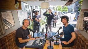 Caravane FM, cette émission qui (nous) fait du bien