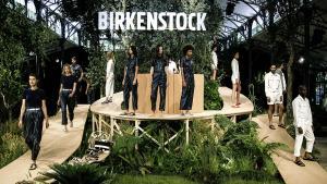 Saga: les Birkenstock marchent sur le monde