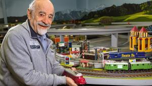 Barnabé et ses trains miniatures