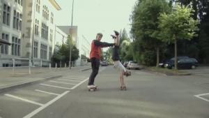 A 60 ans, ils skatent dans les rues de Fribourg