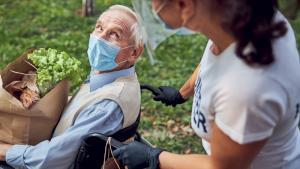 COVID-19 «Il faut éviter un nouvel épisode  d'isolement des personnes âgées!»