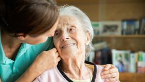 Assistance et soins bien trop chers pour nos retraités