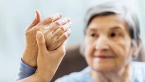 femme atteinte d'arthrose
