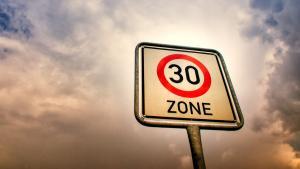 Faut-il généraliser les zones 30 km/h?