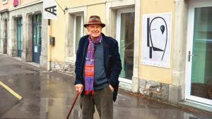 Jacques Gardel  aime mettre la culture en éprouvette