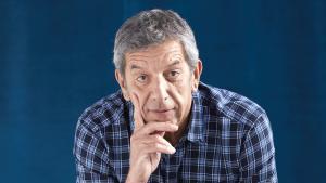 Michel Cymes, médecin, Dr. Good — qui prend la parole dans un magazine et, maintenant aussi, dans des cahiers « santé ».