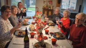 Tables de Noël, seniors à la fête