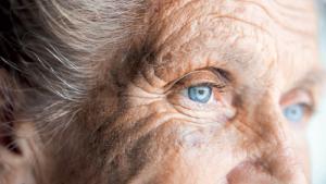 Comment éviter la maltraitance envers les seniors?