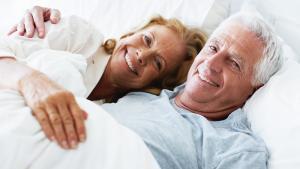 Sexe: les seniors restent coquins