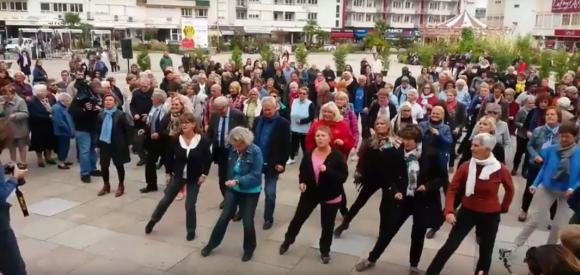 VIDEO. Ils créent la surprise dans les rues de Limoges!