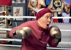 A 75 ans, Nancy boxe contre Parkinson