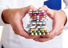 Médicaments: mieux connaître les besoins des aînés
